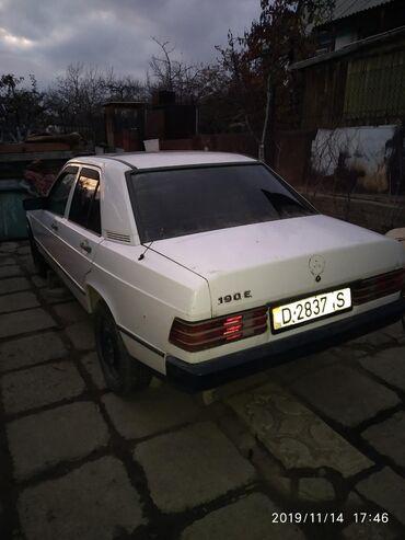 Mercedes-Benz в Корумду: Mercedes-Benz 2 л. 1988