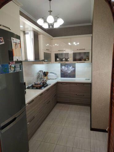 продаю квартира бишкек в Кыргызстан: 106 серия улучшенная, 3 комнаты, 95 кв. м С мебелью