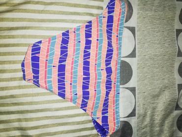 Ženska odeća | Borca: Kupaci Adidas, original, donji deo, nošen par puta