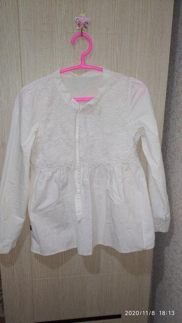 Личные вещи - Каракол: Продаю белую,нежную кофточку,в хорошем состоянии в виде платьишко,и на
