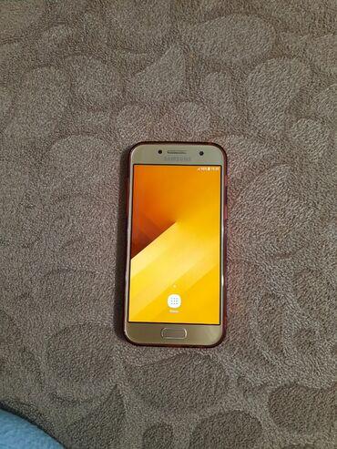 Samsung - Bakı: Yeni Samsung Galaxy A3 2017 qızılı