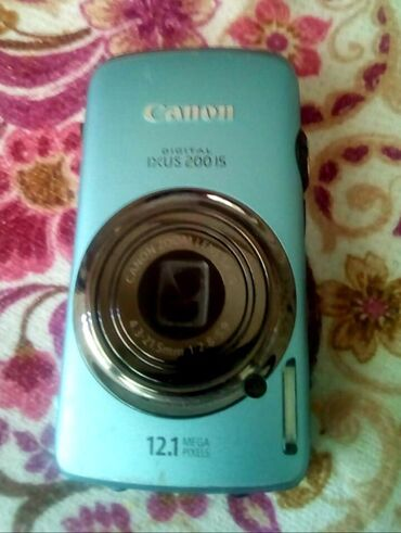 Canon digital İXUS 200 İS fotoaparat 12.1 mpxl çəkir. 1 il