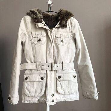 Теплая куртка, внутри стеганая, Корея. Можно на весну, зиму и осень. В