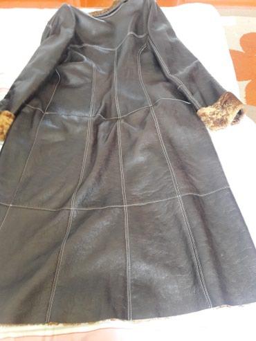 сумочку женскую в Кыргызстан: Продаю женскую дубленку Taskana.Отличного состояния,одевалось пару