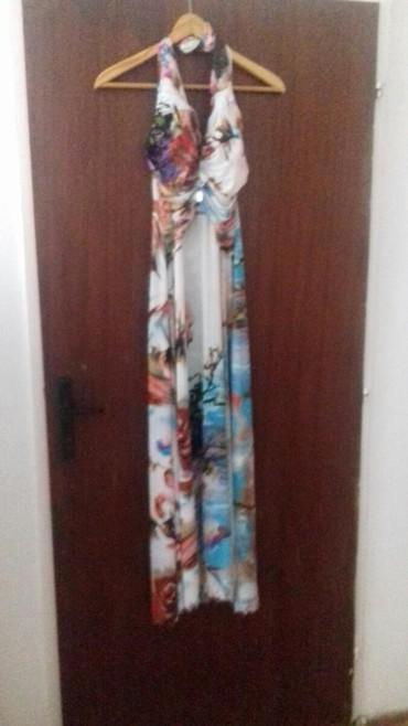 Duga letnja haljina, laganog materijala 400 din