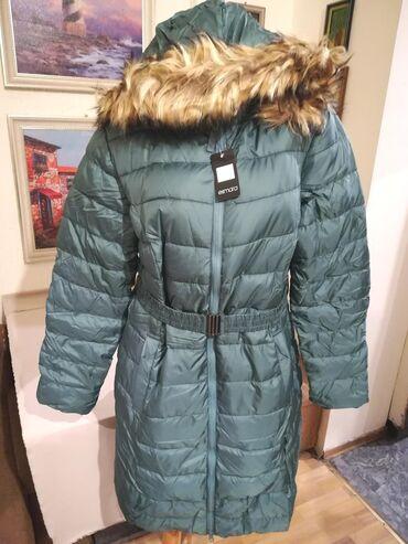 Nova zenska zimska jakna sa kapuljacom Esmara. Odlicna zenska zimska