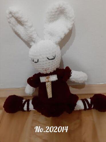 Vunica - Srbija: Rucno heklani zeka, 42 cm, izradjen od plisane vunice Odmah dostupna