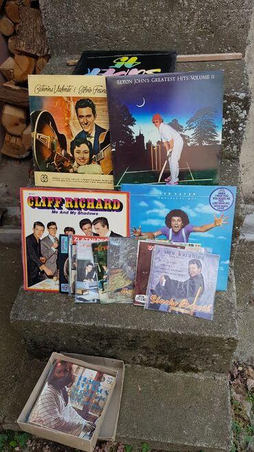 Gramofon - Srbija: Razne original gramofonske ploce, male 700din velike 1000din. Ocuvane