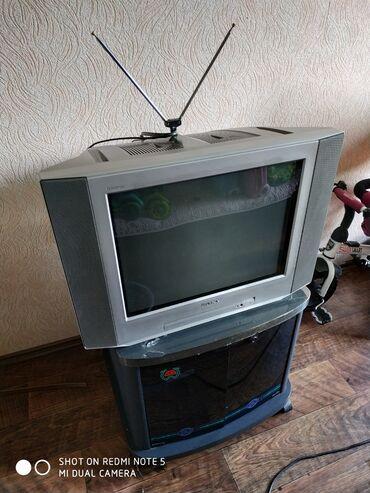телевизор сони с подставкой в Кыргызстан: Продаю ТВ Сони Тринитрон с подставкой! телевизор в отличном состоянии