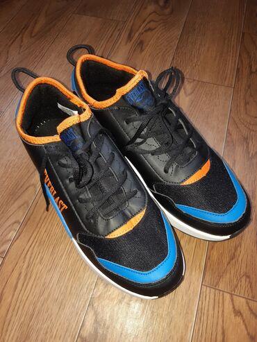 Мужская обувь - Кыргызстан: Продается Ботас Everlast (новый). Заказывали из Италии, размер не под