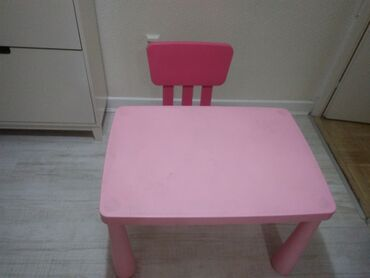 Sto i stolica IKEA za decu u dobrom stanju