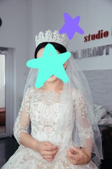 Свадебное платье на продажу или на прокат, есть шлейф (шлейф снимается