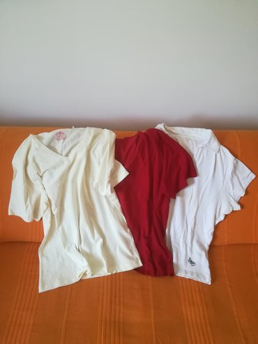 Tri pamučne majice kratak rukav vel 42/44 sve za 600 din, obim grudi