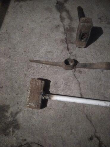 топор лопатка в Кыргызстан: Кувалды
