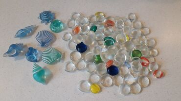 Διακοσμητικό χαλίκι από στρογγυλεμένο γυαλί και κοχύλια γυάλινα