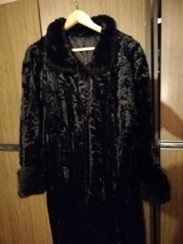 Krzneni kaputi - Pancevo: Prvoklasna bunda duga  38,,,40  Piše 38  Fenomenalna je  Topla  Cena j
