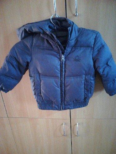 Dečija odeća i obuća - Rumenka: Prelepa Benetton jaknica obučena 2 puta dete preraslo. Za dete od 12do