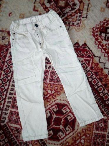 H&M pantalone vel 104.. Jako kratko nosene.. Oboje za 600 din - Belgrade