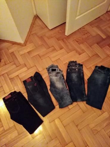 Njih-su-di - Srbija: Pet pari farmerki. Sve su 27 tj odgovaraju s velicini.Prve sa slike su