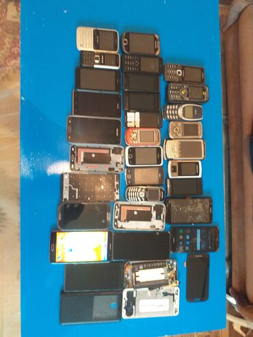 Aice - Srbija: Za delove Samsung I9300 Galaxy S3 16 GB plavo