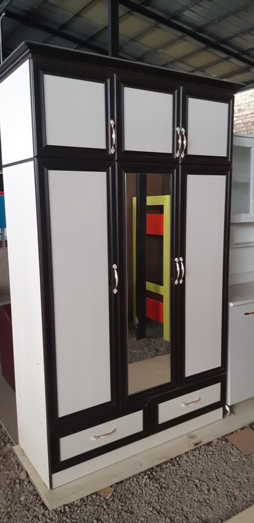 Продаю новый шкаф из российского ламината в Бишкек