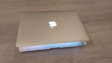 Macbook AirSəkkiz aydır alınıb, səliqəli istifadə olunub. Heç bir