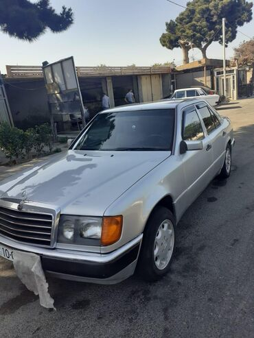 Mercedes-Benz 200 2 l. 1992 | 770000 km