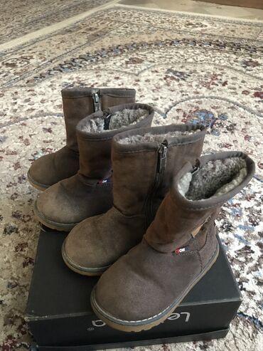 htc 400 в Кыргызстан: Зимние уги сапожки с натуральным мехом, замша размер 27-28 б/у в хорош