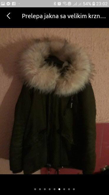 Prelepa jakna sa velikim krznom L velicine. - Novi Sad - slika 4