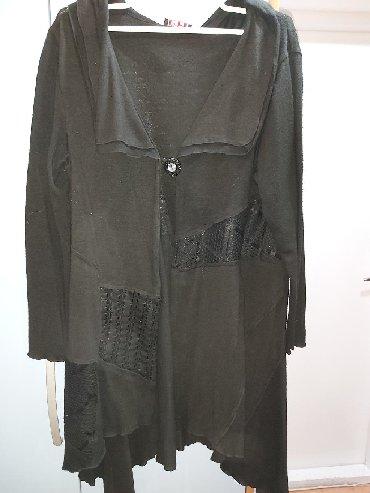 Kaput-crna-boja - Srbija: Zenska pelerina-dzemper. Crna boja,par puta nošen