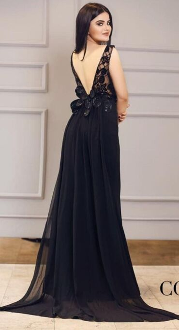 Платье из CoCo Baku Куплено за 189 АзнОдин раз носила.Спереди