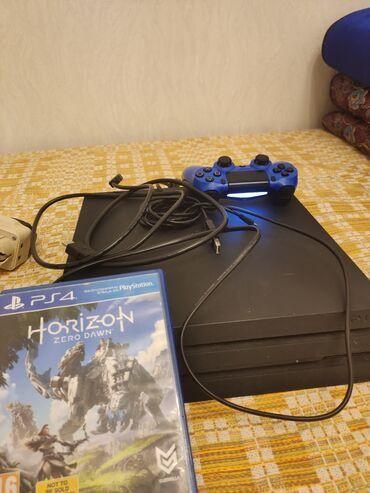 Электроника - Орто-Сай: PlayStation 4 pro продаю состояние отличное пломбы на месте . Полный
