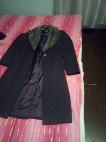 Zenski kaput,velicina38,100% vuna - Belgrade