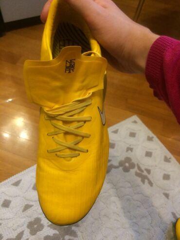 yardima ehtiyacim var in Azərbaycan | OFISIANTLAR: Nike mercual vapor 12tezedi 2 defe geyinmishem originaldi shelkilde