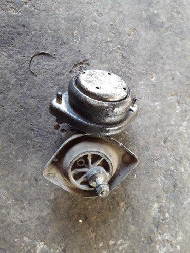 Подушки на двигатель бмв отл. состояние. в Кара-Балта