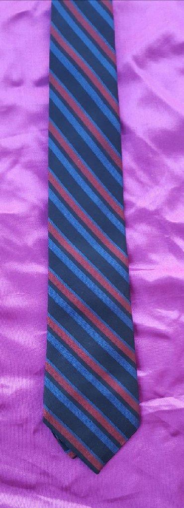 Sako-bordo-kom - Srbija: Muška teget-bordo kravata. Sastav: 100% acetat poliester