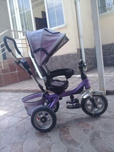 велосипед с детской коляской в Кыргызстан: Срочно продаю люльку ( состояние почти новое, легко складывается, зан