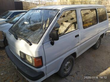 Тойота минивэны - Кыргызстан: Toyota 1.5 л. 1992 | 150000 км