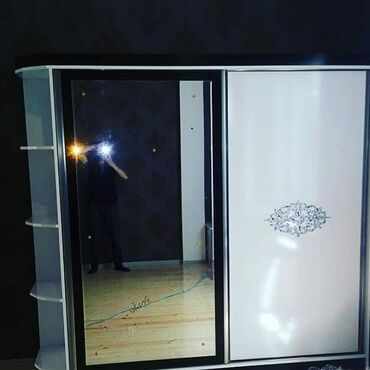 вешалка в коридор в Азербайджан: Dolablarin sifarişi qəbul olunur.Dehliz mebellerin hazirlanmasi.Reng