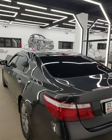 Lexus LS 4.6 л. 2002