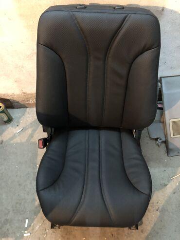Продаю комплект сидений на w210 amg ( амг ) е55 сидения все перешиты
