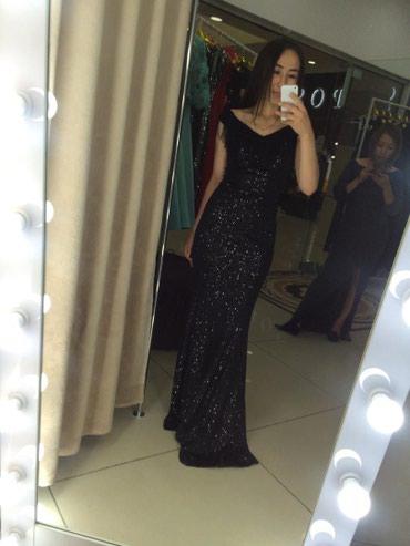 Продаю шикарное вечерное платье, в Бишкек