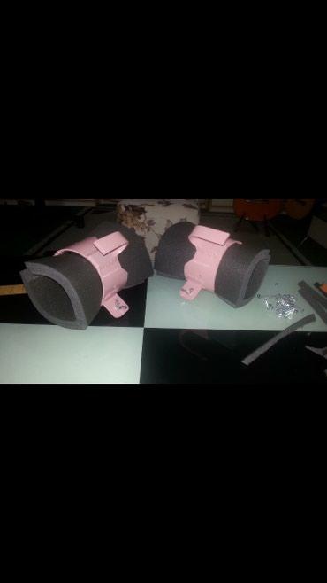 Gravitacione cizme , roze, za lecenje diskus hernije - Jagodina
