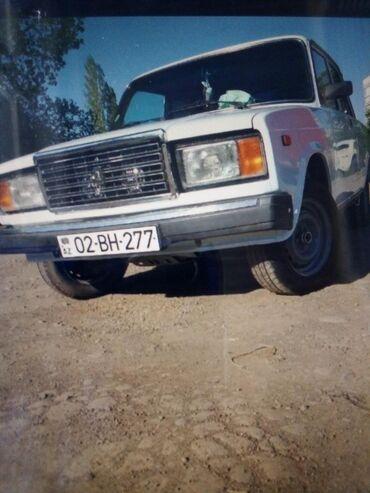 Avtomobil aksesuarları - Gəncə: ILI:2006 YURUSU:180 YANACAQ NOVU: BENZIN