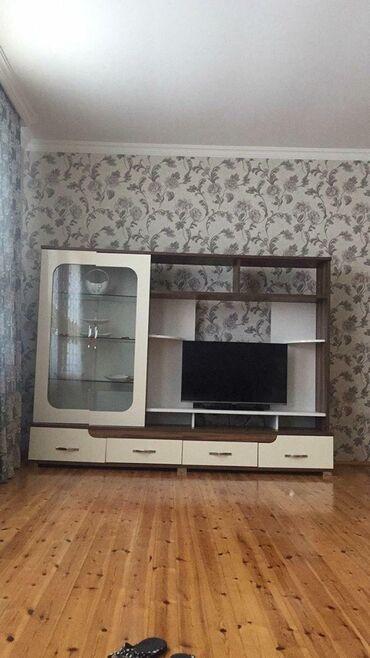 Tv stend. 150 azn satılır. 2.40 uzunluq 1.77 hundurluk50 sm