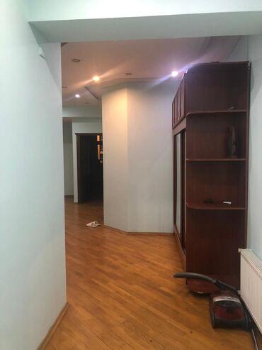 ofis kiraye verilir - Azərbaycan: Mənzil kirayə verilir: 3 otaqlı, 190 kv. m, Bakı
