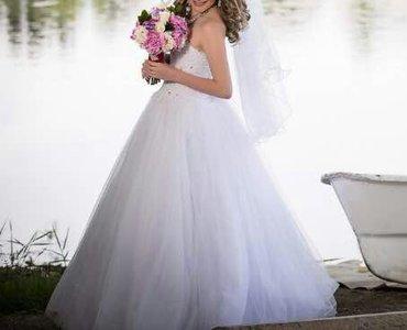 Продаю свадебное платье, сшито на заказ, оригальные камни SWAROVSKI .  в Бишкек