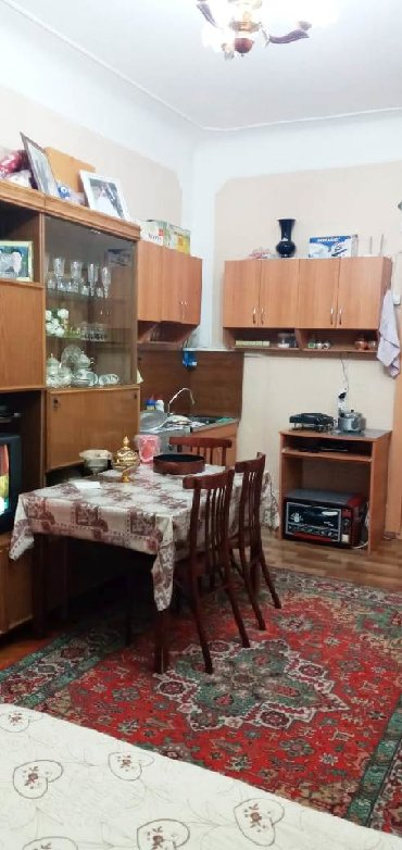 1otaqlı mənzil - Azərbaycan: Mənzil satılır: 1 otaqlı, 20 kv. m