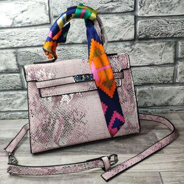 сумка жен в Кыргызстан: Женская сумка сумочка высота 19см ширина 24см объем 10см внутри один