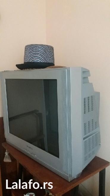 Tv. Samsung.. 82 ekran.. Već dugo van upotrebe. Potrebna oporavka i - Belgrade